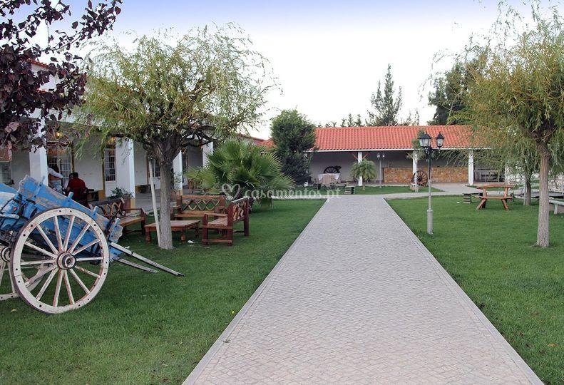 Jardim (entrada)