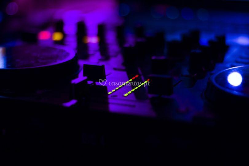 DJ sound party