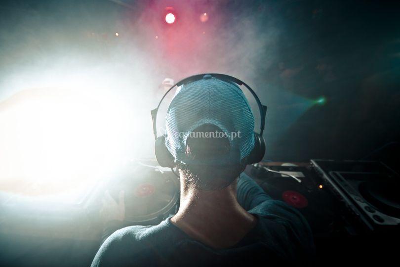 DJ moments