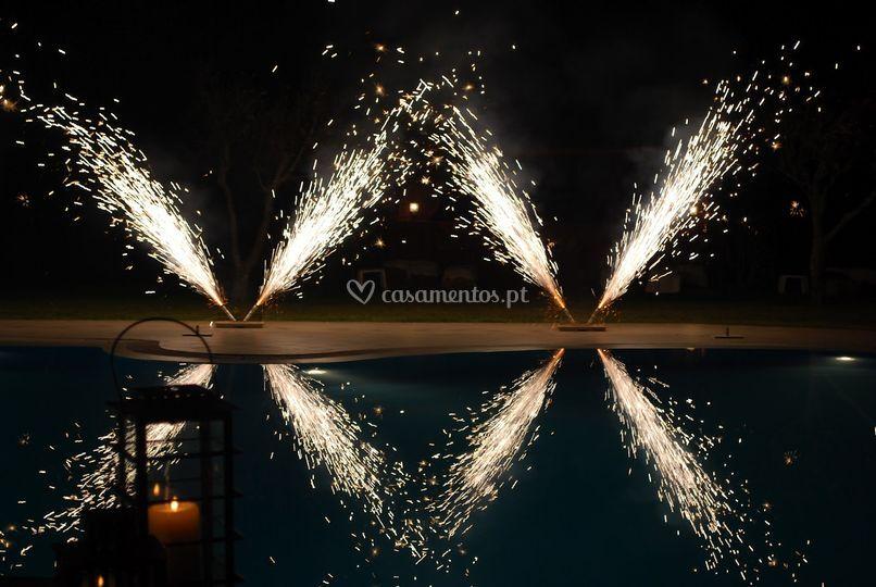 Fogo artificio cones