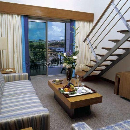 Sala de estar da suite standard