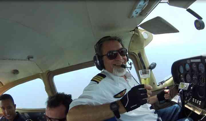 Champagne a bordo