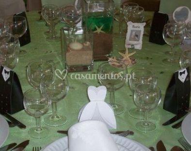 Mesa com taças