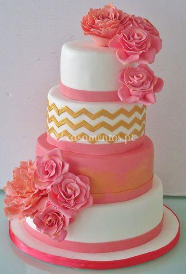 Bolo casamento rosa e chevron