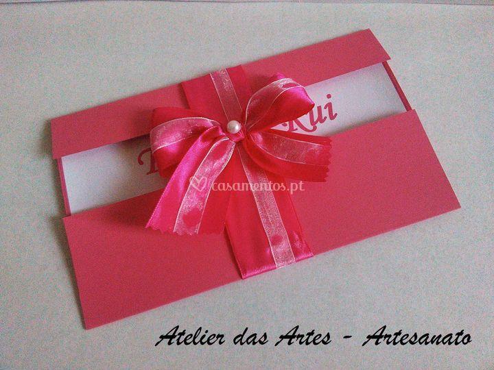 Convite em tons rosa