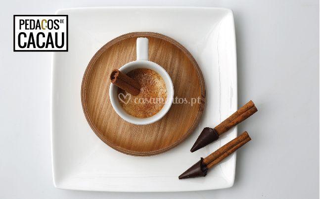 Paus de canela com chocolate