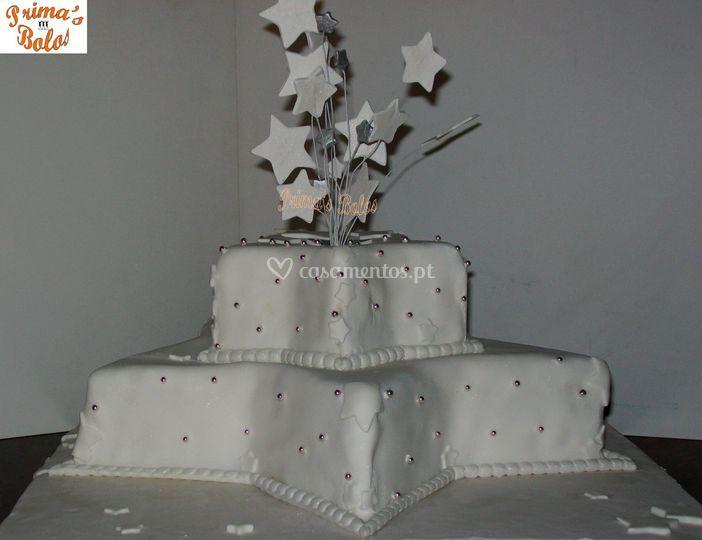 Bolo de casamento estrela de Prima's Bolos
