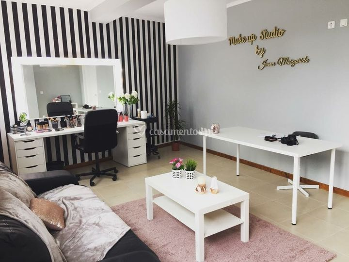 Makeup Studio by Joana Margarida