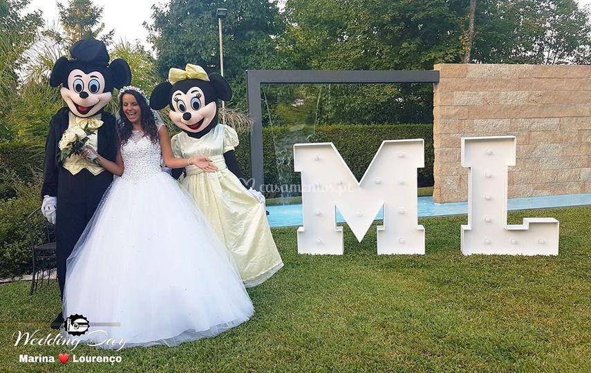 Minnie & mikey + letras