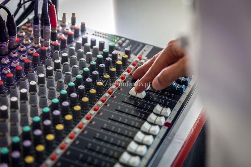 Mesa de som soundcraft efx12
