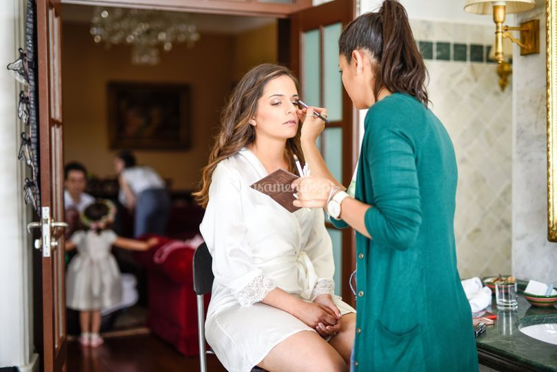 Ana Peralta Make Up