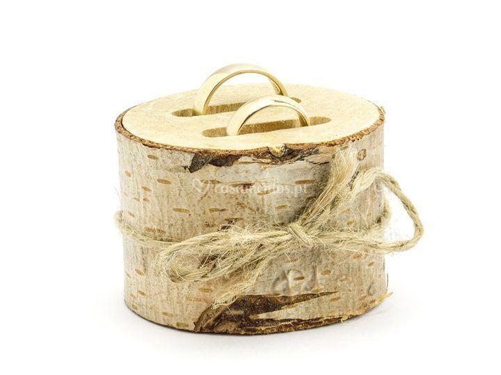 Porta-alianças em madeira