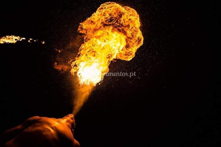 Espetáculo de fogo