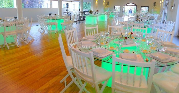 Salão principal mesas led