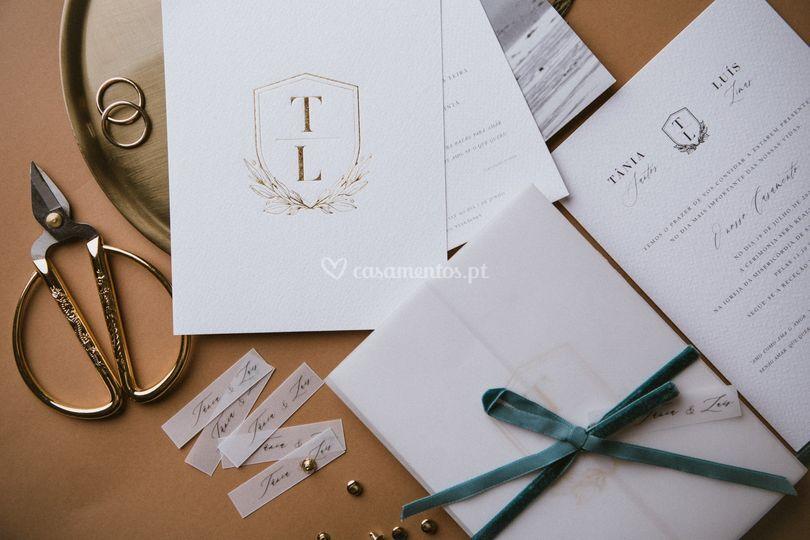 Convite com monotipo