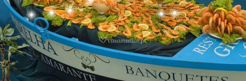 Barco com camarão