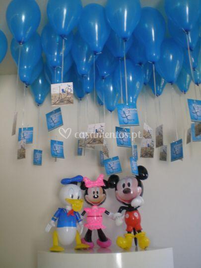 Balões com publicidade