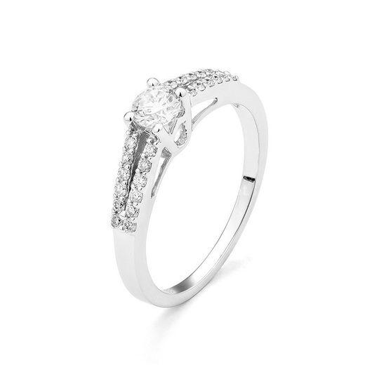 Anel ouro e diamantes