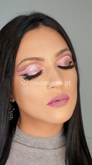 Smokey Glam with Half Eyeliner