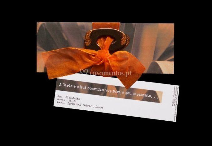 Convite de casamento com laço