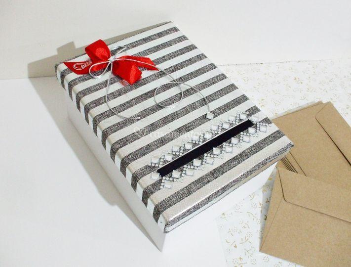 Caixas para colocar envelopes