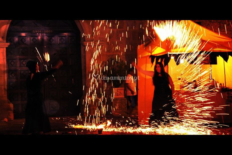 Espectáculo fogo e pirotecnia