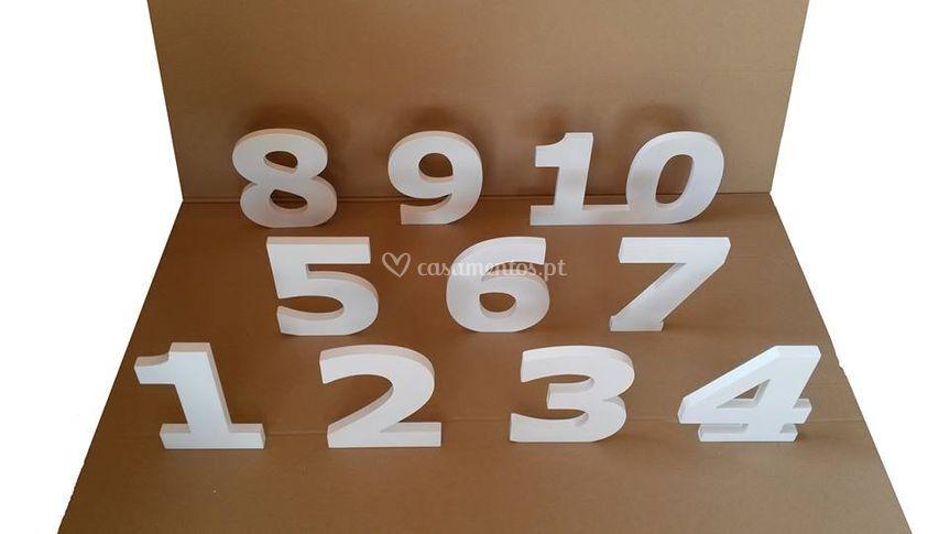 Números em madeira