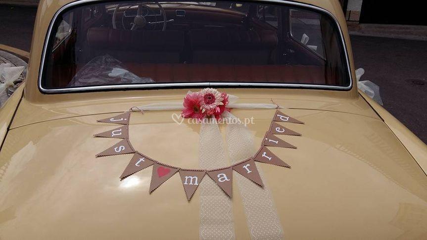 Decoração carro dos noivos