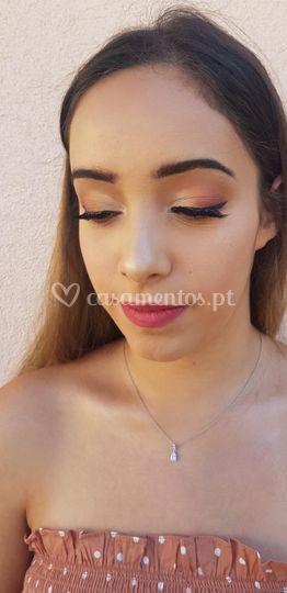 Carla Tkachov Make Up