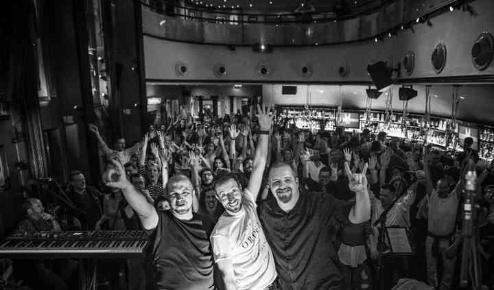 TRISKLE – Música ao Vivo & DJ