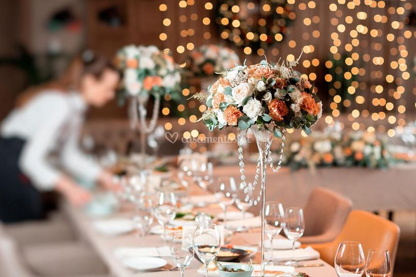 Lush - Catering and Details