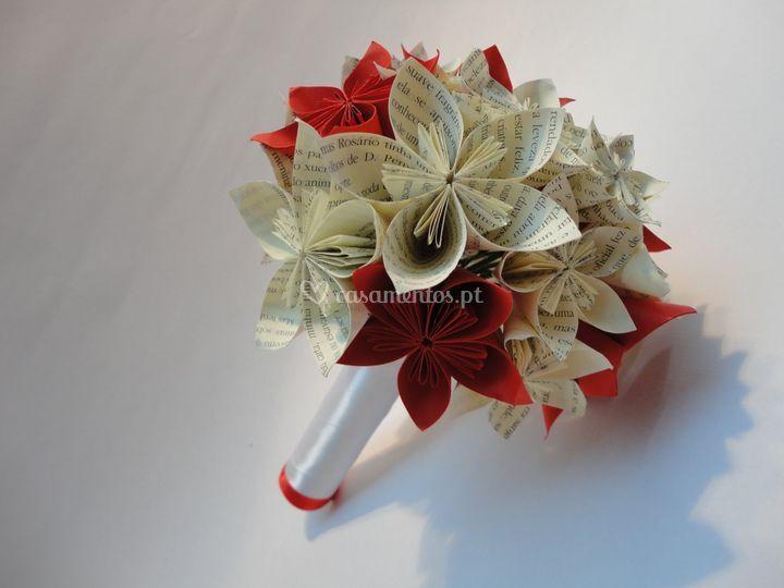 O bouquet de flores em origami