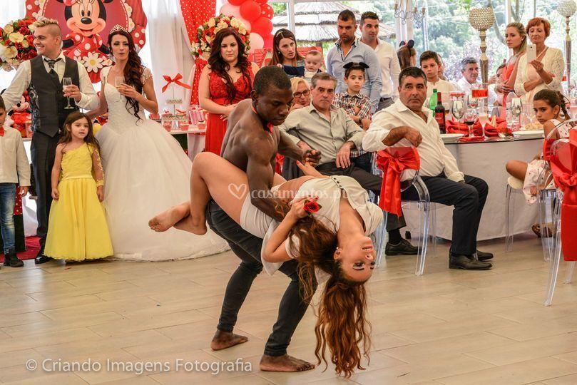 Demonstração danças do mundo
