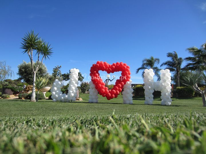 Decoração com balões casamento