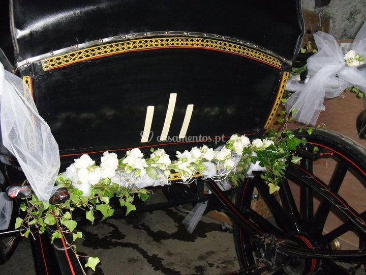 Coche decorado para casamento