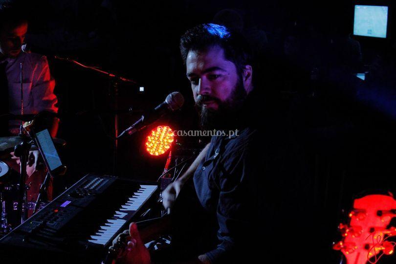 Rui Pina - Guitarra, piano e v