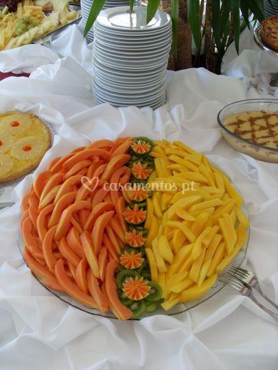 Buffet de frutas laminadas
