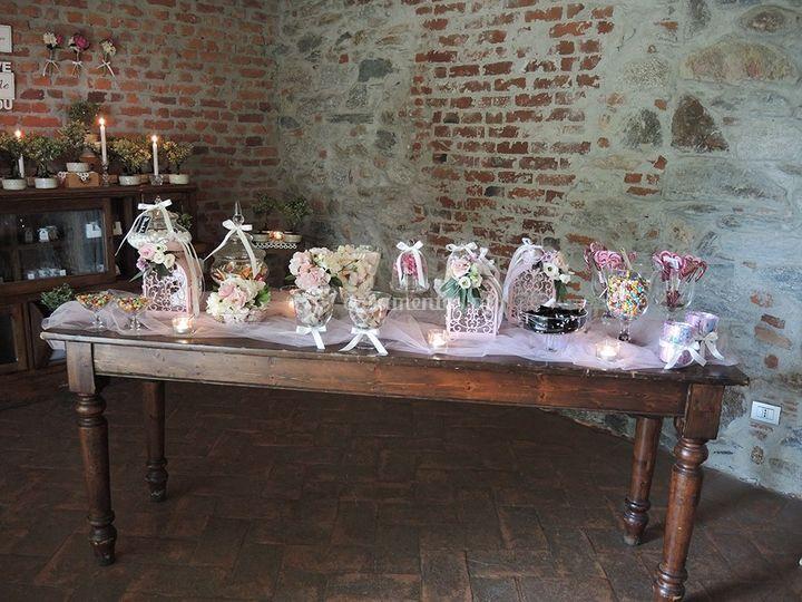 F&a sugar table