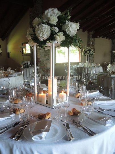 White theme: centro mesa alto