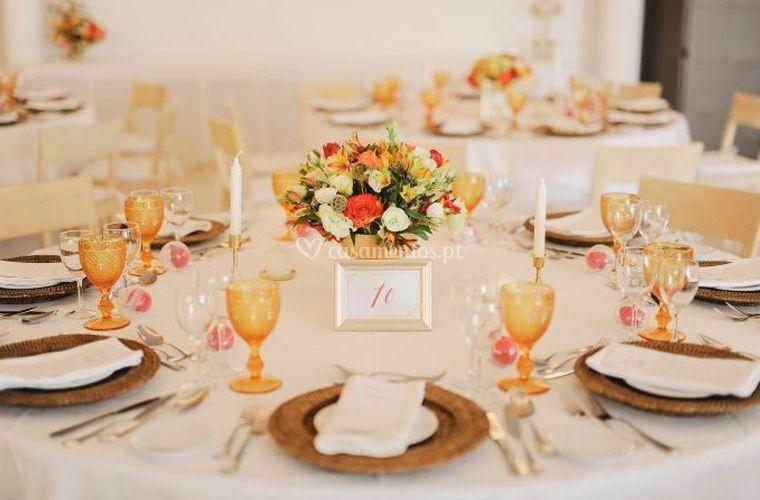 Happy Endings - Wedding Planner