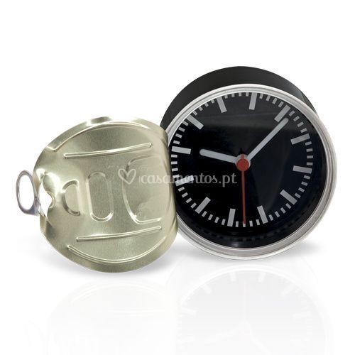 Relógio caixa conserva