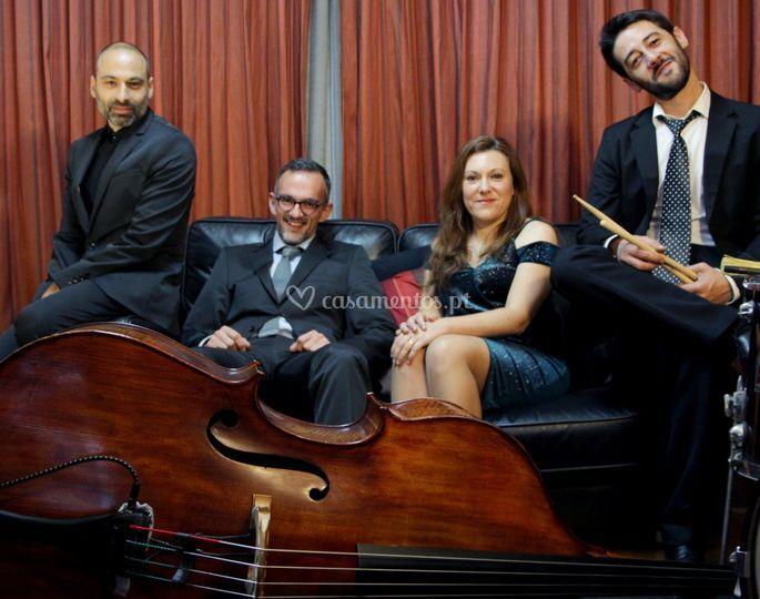 Dona Elvira Quarteto