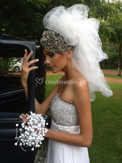 Vestido, véu e bouquet