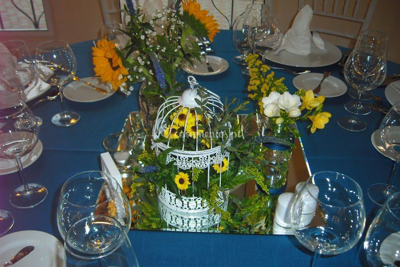 Centro de mesa com flores