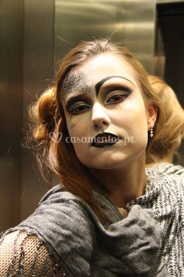 Makeup artist, fashion