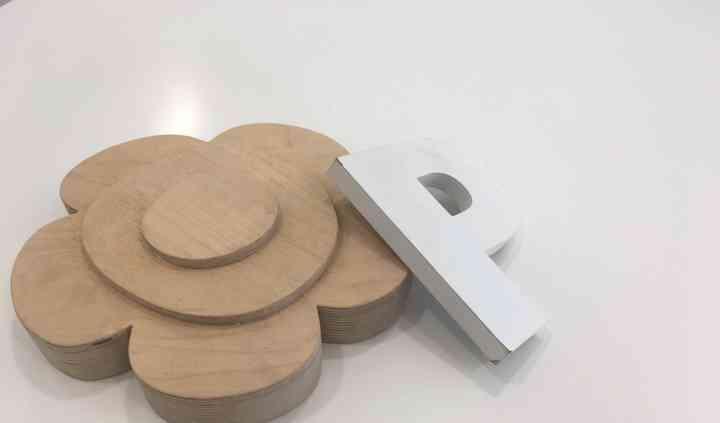 Corte madeiras, pvc e acrílico