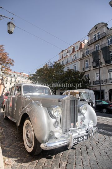 E que tal um Rolls Royce?