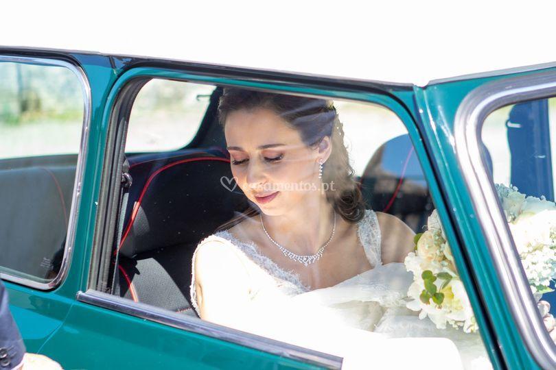 Carro e a noiva
