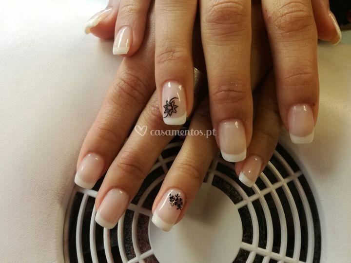 Verniz gel - francesa com nail