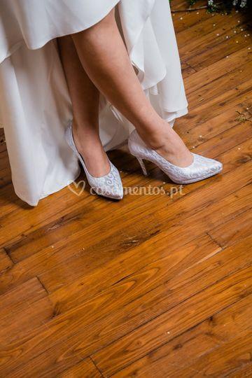 Sapato com aplicação de renda